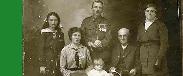 Florence Jane Goodwin Simons, Robert Holl and family, 8th September 1915